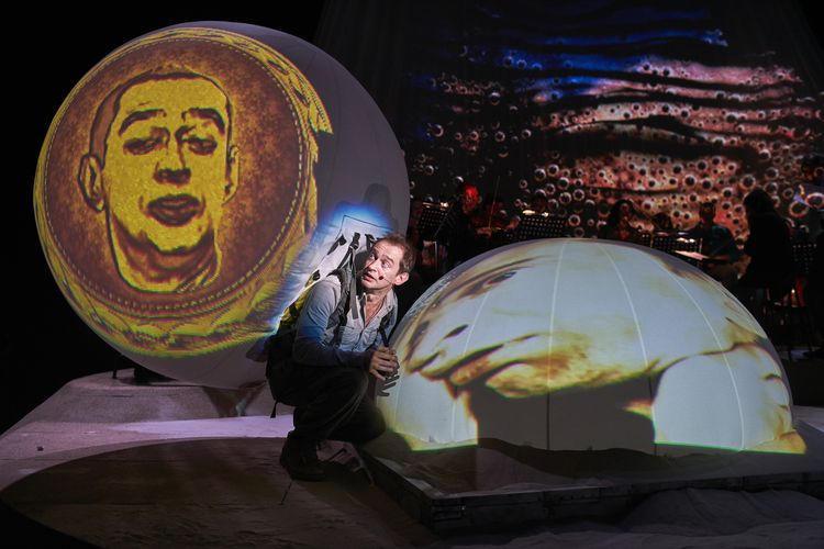 Не покидай свою планету спектакль с хабенским купить билет афиша набережные челны театр сары садыковой