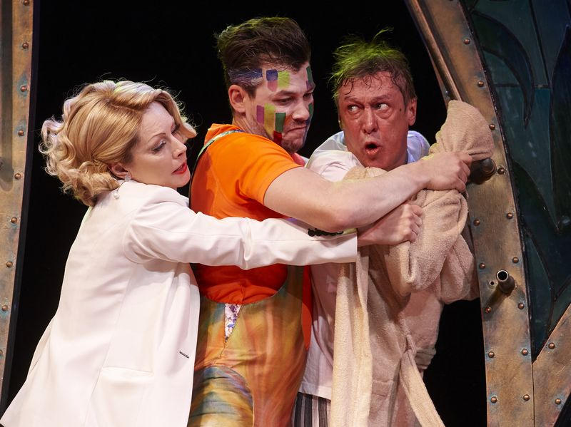 Амстердам спектакль современник купить билеты белорусский большой театр оперы и балета афиша